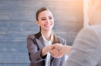 Recompensa e reconhecimento da equipe: a estratégia de engajamento da equipe